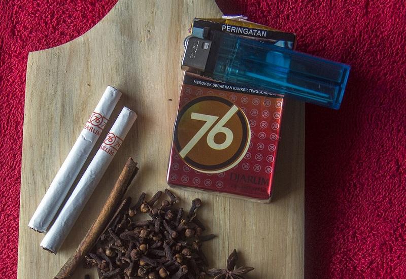 rokok dan kretek