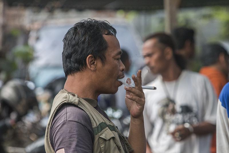 orang merokok
