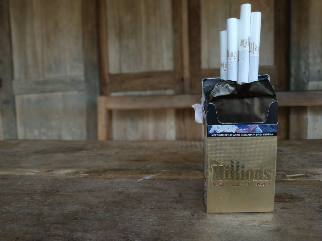 Bungkus Rokok 2